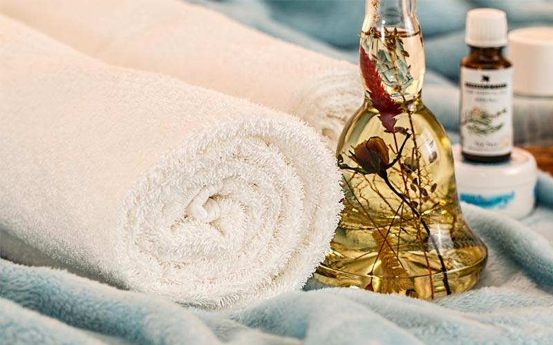 Oli per un massaggio anticellulite: ecco i 5 migliori