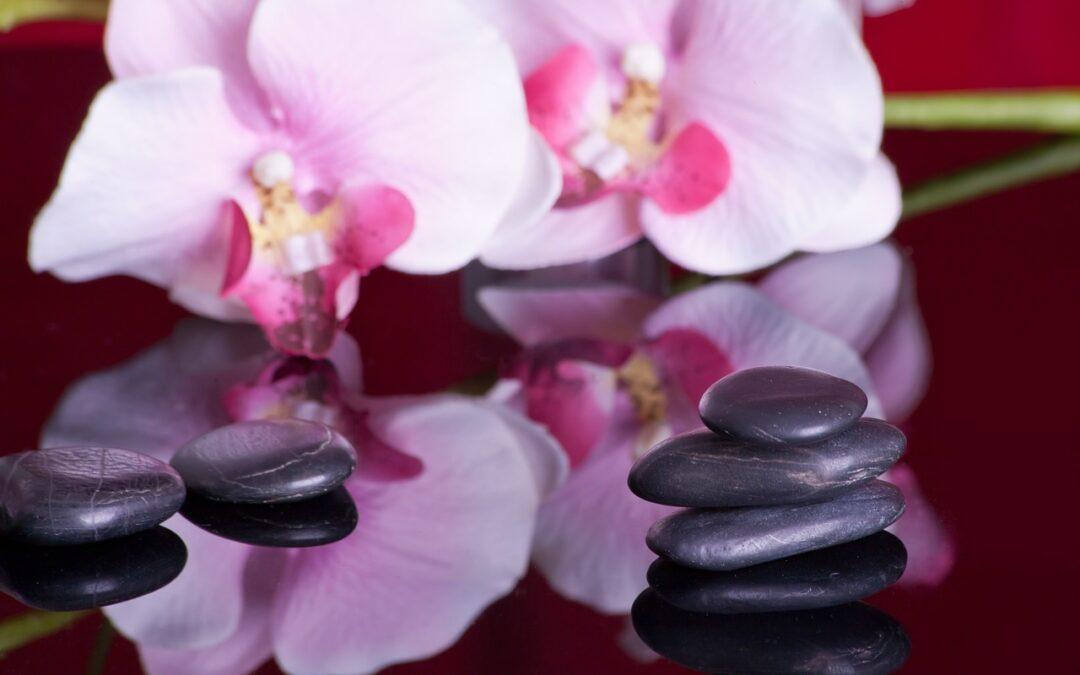 Massaggio Hot Stone: in cosa consiste e quali benefici garantisce